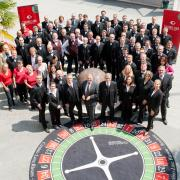 Gruppenfoto mit MitarbeiterInnen